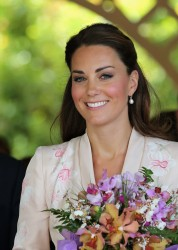 Kate Middleton at the Singapore Botanical Gardens 11th September x38