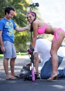 http://thumbnails103.imagebam.com/21141/cafa1f211402866.jpg