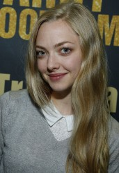 Amanda Seyfried @ Barry's Bootcamp Tribeca Studio Grand Opening September 27, 2012 HQ x 3