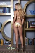 http://thumbnails103.imagebam.com/21321/2602d1213201128.jpg