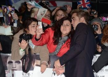 EVENTO-Premier AMANECER 2 en Londres (14/11/12) B32fdf220426934