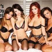 Gatas QB - The Big Boob Issue | Lucy Collett, Stacey Poole, Holly Peers e Danielle Sharp | Nuts Magazine | 23 Novembro 2012
