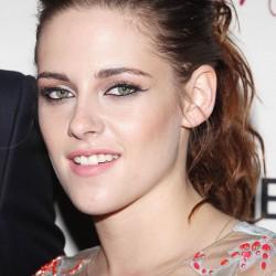 Kristen Stewart - Imagenes/Videos de Paparazzi / Estudio/ Eventos etc. - Página 31 F487a6225856788