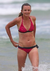 cebe29228810141 Daniela Hantuchova ~ Bikini at the beach / Brisbane, Dec 27 '12 candids