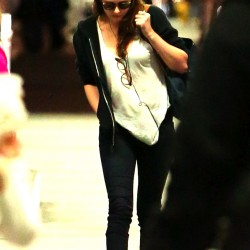 Kristen Stewart - Imagenes/Videos de Paparazzi / Estudio/ Eventos etc. - Página 31 40c6b8229009344