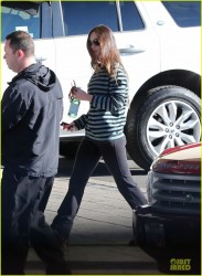 Megan Fox - at a Land Rover dealership in Encino 1/4/13