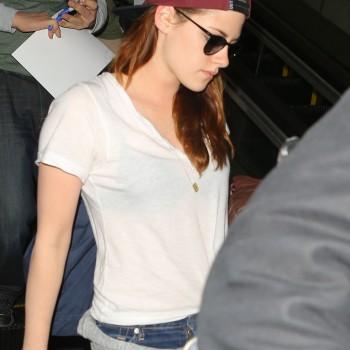 Kristen Stewart - Imagenes/Videos de Paparazzi / Estudio/ Eventos etc. - Página 31 819045231917499