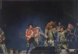 BAD WORLD TOUR  F01675232524886