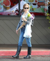 Amy Adams - at the Farmers' Market in LA 1/26/13