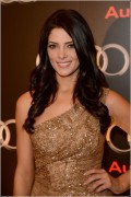 Ashley Greene - Imagenes/Videos de Paparazzi / Estudio/ Eventos etc. - Página 25 65592a235328126