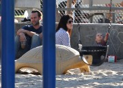 a479ff235657621 Selma Blair takes her son Arthur to a park in Los Angeles (Feb 3)   45 HQ candids
