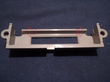 Como remover a trava de cartuchos do N64 B08c82239641393