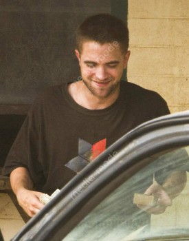 Imagenes videos en el set de The Rover Be1cde241532646