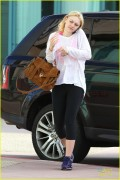 Dakota Fanning arriving at a gym in Studio City 3/15/13