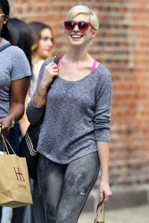 Anne Hathaway - out in NYC 5/20/13