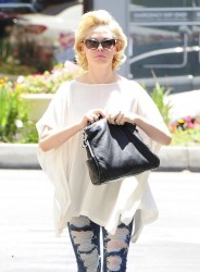 Rose McGowan - leaving a hair salon in West Hollywood 5/29/13