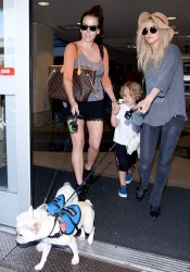 Ashlee Simpson - At LAX Airport 6/10/13