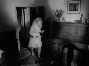 Noc ¿ywych trupów / Night of the Living Dead (1968) PL.BRRip.XviD-GHW / Lektor PL + x264