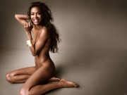Zoe Saldana : Very Hot Wallpapers x 2