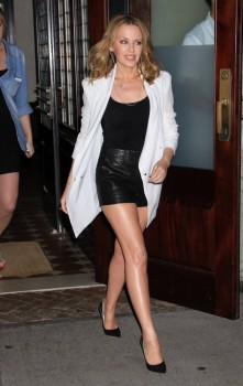 Kylie Minogue Heads To A Taping Of 'Watch What Happens Live' - 19.6.2013