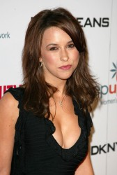 Lacey Chabert - Rocks Cleavage Arriving For A Teen Vogue Event (2005) Throwback Thursday