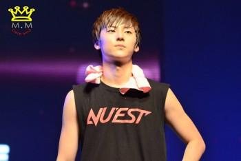 [PICS] NU'EST LOVE TOUR - Singapura [Show + Hi5] A94dcf266098503