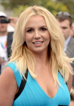 Britney Spears tedavi sonrası ilk kez görüntülendi
