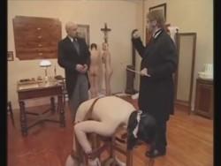 Порно наказание мужчин женщинами