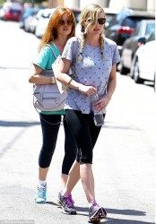 Kirsten Dunst & Isla Fisher - at the gym in Studio City 8/19/13