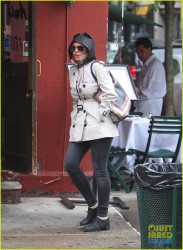 Lindsay Lohan - Out in NYC 8/28/13