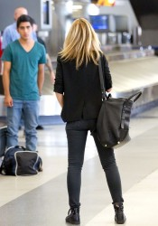 Mena Suvari - at LAX Airport 9/4/13
