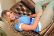 http://thumbnails103.imagebam.com/27515/028187275142554.jpg