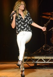 LeAnn Rimes - performs at the Waterfront Hall in Belfast 9/10/13