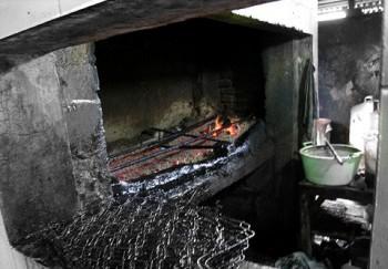 pembakaran babi panggang