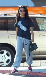 Mila Kunis - Leaving pilates class in Sherman Oaks 9/27/13