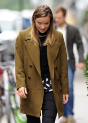 Olivia Wilde - out in NYC 10/11/13