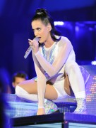 Katy Perry - Wearing Skirt (Includes Upskirt) - We Can Survive Benefit Concert - Hollywood Bowl - Oct 23 2013