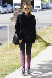Jessica Alba - out in Santa Monica 10/30/13