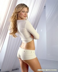 5dd29c286117662 Ali Larter – Dominick Guillemot Photoshoot for Maxim – 2001 photoshoots