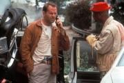 Последний бойскаут / The Last Boy Scout (Брюс Уиллис, Холли Берри, 1991) C5a79b286226209