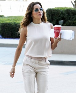 dd0b76287254694 Eva Longoria – out and about candids in Century City