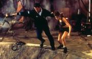 Джеймс Бонд 007: И целого мира мало / 007 The World Is Not Enough (Пирс Броснан, 1999) 0da3ae287543872