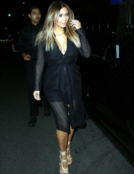 Kim Kardashian - Leaving dinner in Beverly Hills 11/8/13