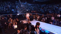 Miley Cyrus - MTV EMA 2013 for BEST VIDEO