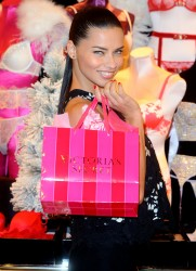 Adriana Lima - Victoria's Secret UK photocall in London 12/12/13