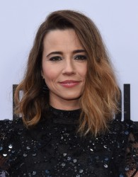 Linda Cardellini -                 ''Bloodline'' Season 3 Premiere Culver City May 24th 2017.