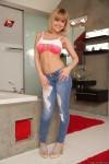 http://thumbnails103.imagebam.com/55063/d30918550628349.jpg