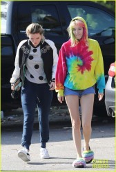 Bella Thorne - Out for breakfast in LA 5/27/17