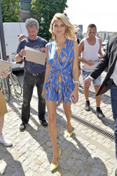 Kelly Rohrbach - Out in Berlin 5/29/17