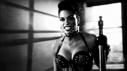 Hot Celebrity & Photoshoot Vids - Page 3 0aa45b551734407
